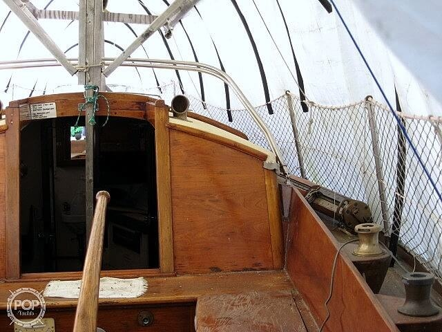 1950 Hinckley boat for sale, model of the boat is SOU'WESTER 34 & Image # 20 of 40
