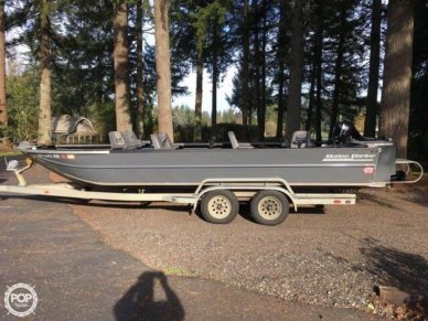 Motion Marine Outback Fishing Machine, 24', for sale - $39,500