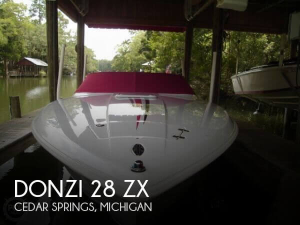 Used Boats For Sale in Grand Rapids, Michigan by owner | 2005 Donzi 28