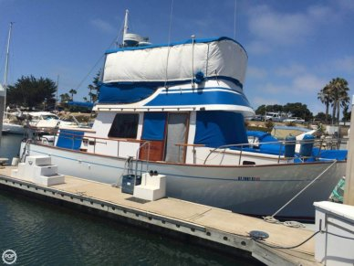 CHB 34 Double Cabin, 34', for sale - $33,400
