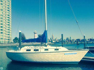 Pearson 303, 30', for sale - $10,400