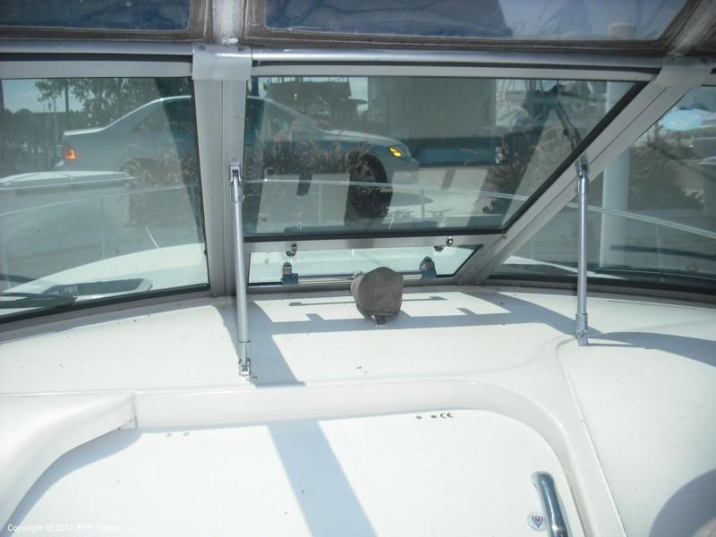 1999 Sea Ray 340 Sundancer - Photo #21