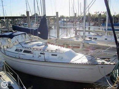 Islander 32 MK II, 31', for sale - $23,000