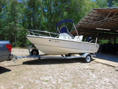 Boston Whaler 190 Outrage, 18', for sale - $33,500