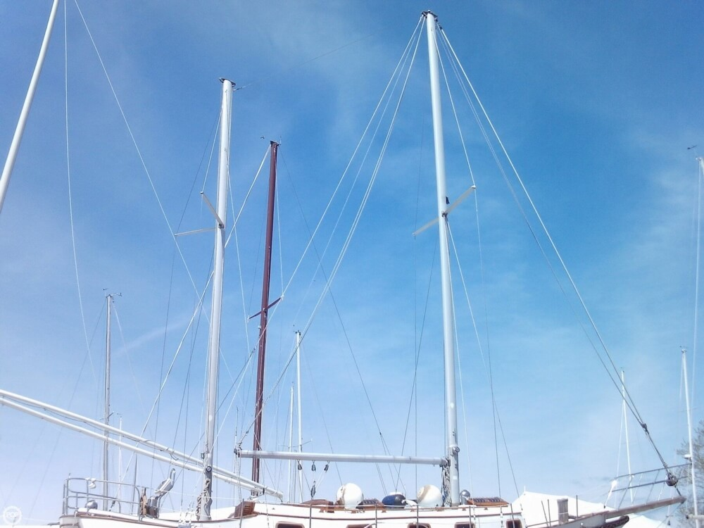 1982 Island Trader boat for sale, model of the boat is 38 Ketch & Image # 8 of 40