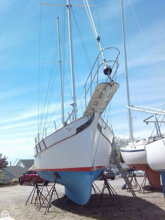 1982 Island Trader boat for sale, model of the boat is 38 Ketch & Image # 10 of 40