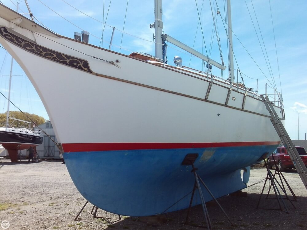 1982 Island Trader boat for sale, model of the boat is 38 Ketch & Image # 15 of 40