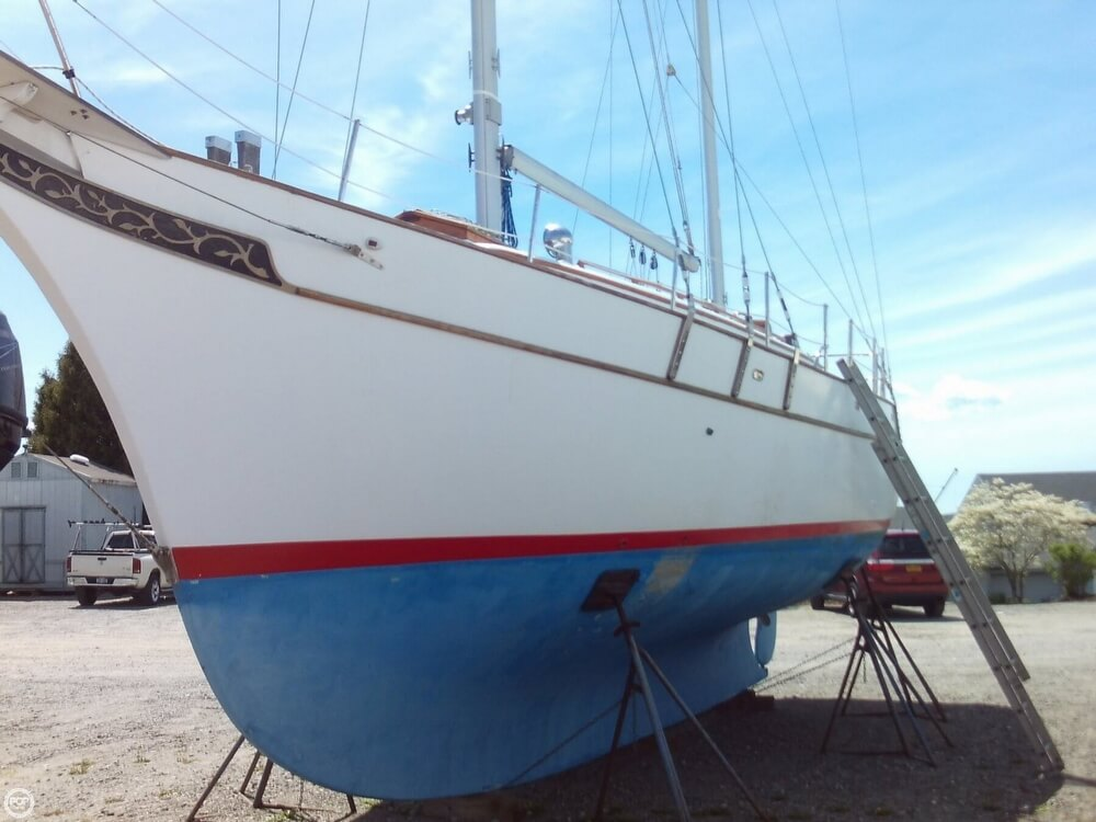 1982 Island Trader boat for sale, model of the boat is 38 Ketch & Image # 16 of 40