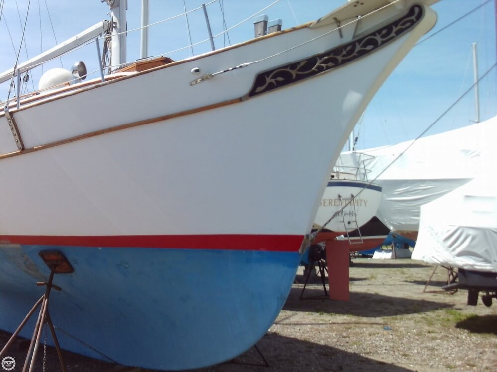 1982 Island Trader boat for sale, model of the boat is 38 Ketch & Image # 17 of 40
