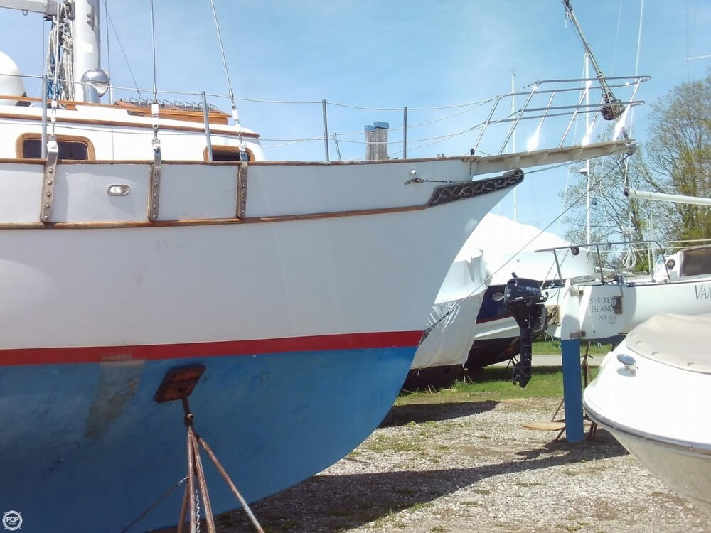 1982 Island Trader boat for sale, model of the boat is 38 Ketch & Image # 18 of 40