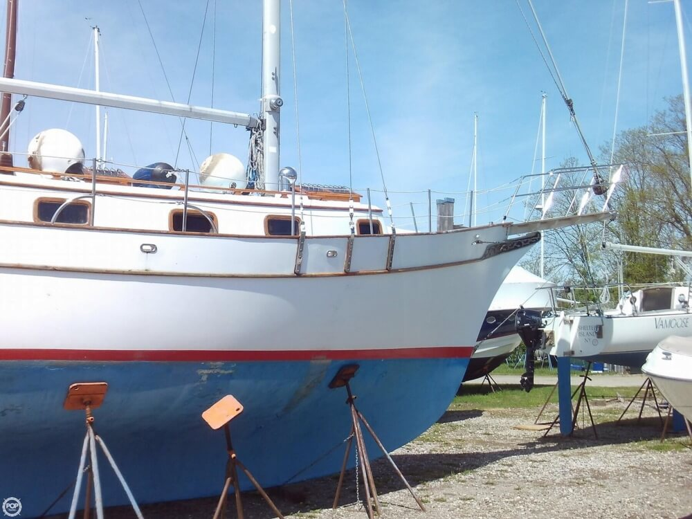 1982 Island Trader boat for sale, model of the boat is 38 Ketch & Image # 19 of 40