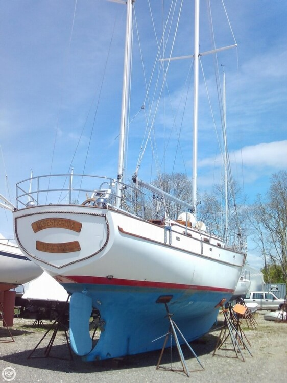 1982 Island Trader boat for sale, model of the boat is 38 Ketch & Image # 27 of 40