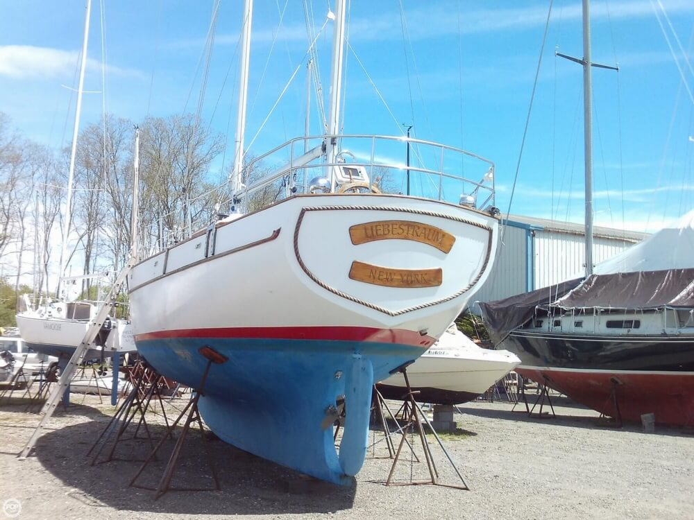 1982 Island Trader boat for sale, model of the boat is 38 Ketch & Image # 31 of 40