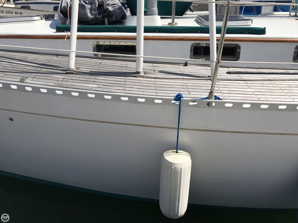 1984 Cheoy Lee boat for sale, model of the boat is 41 & Image # 13 of 40