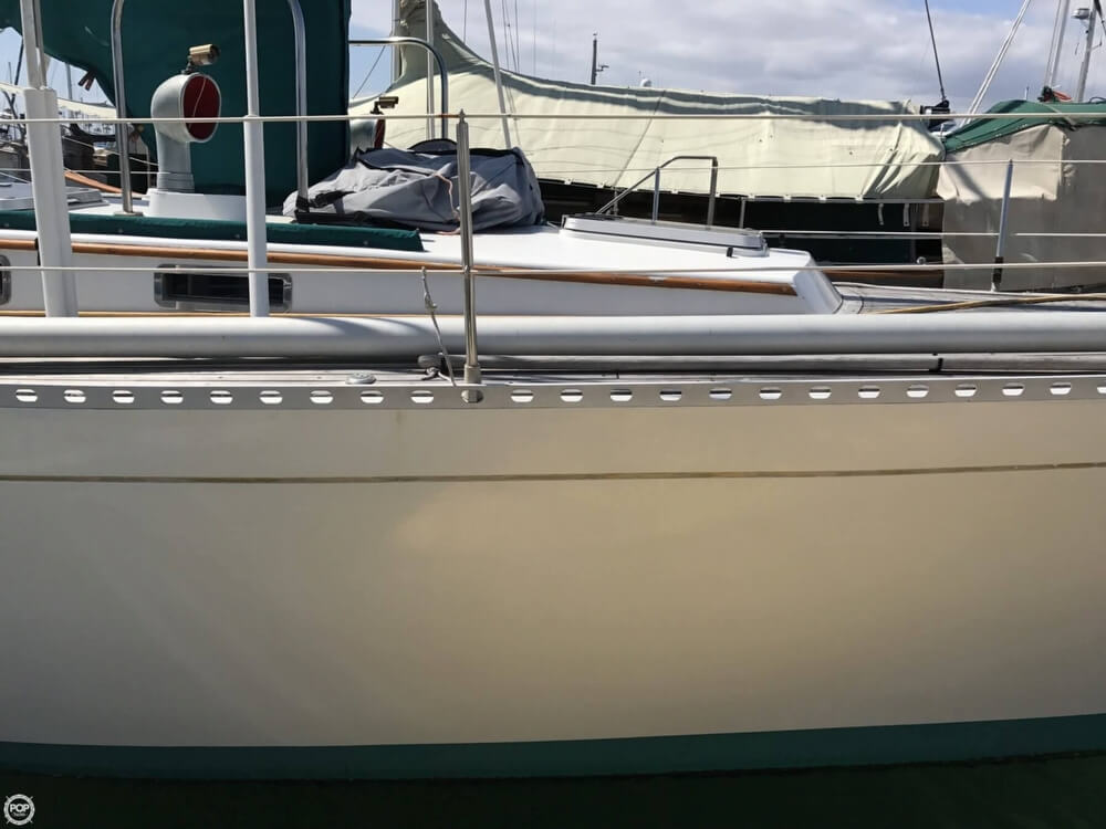 1984 Cheoy Lee boat for sale, model of the boat is 41 & Image # 23 of 40