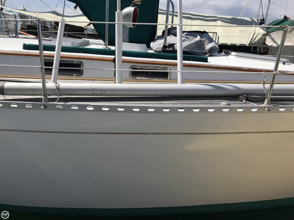 1984 Cheoy Lee boat for sale, model of the boat is 41 & Image # 24 of 40