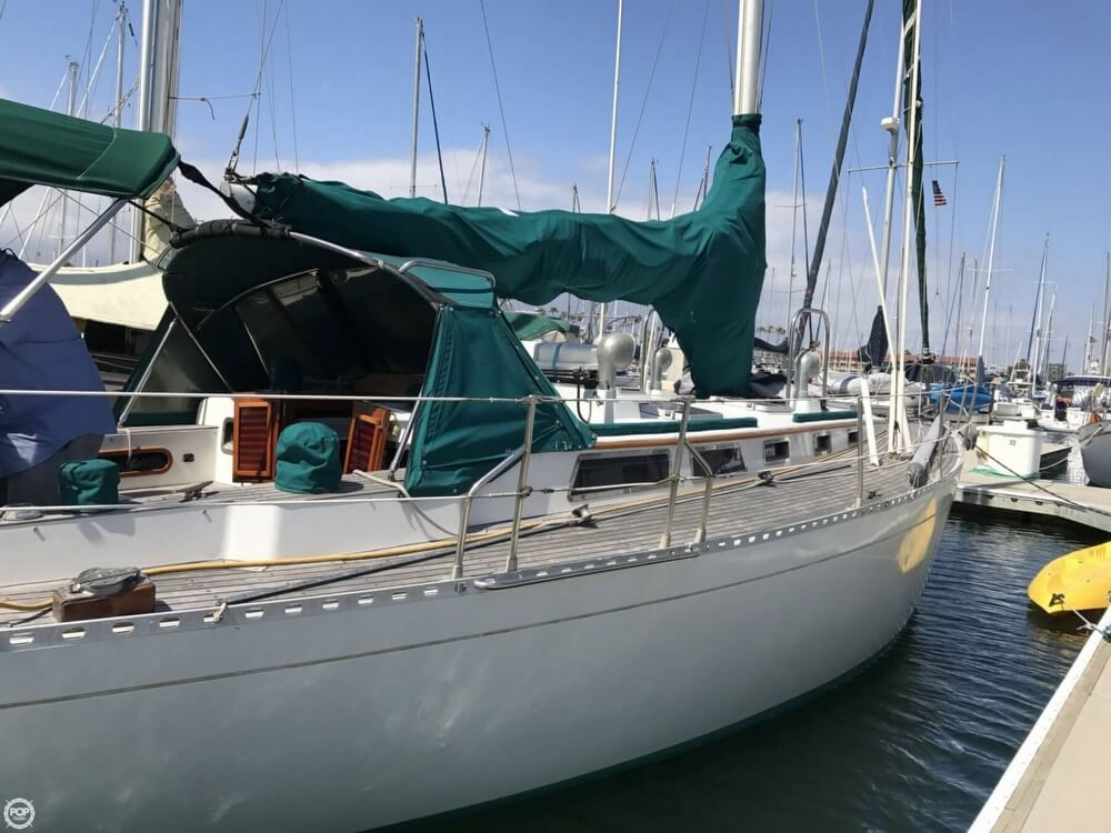 1984 Cheoy Lee boat for sale, model of the boat is 41 & Image # 32 of 40