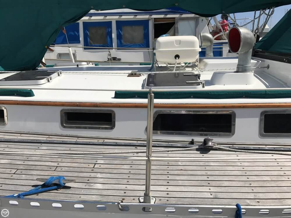 1984 Cheoy Lee boat for sale, model of the boat is 41 & Image # 37 of 40