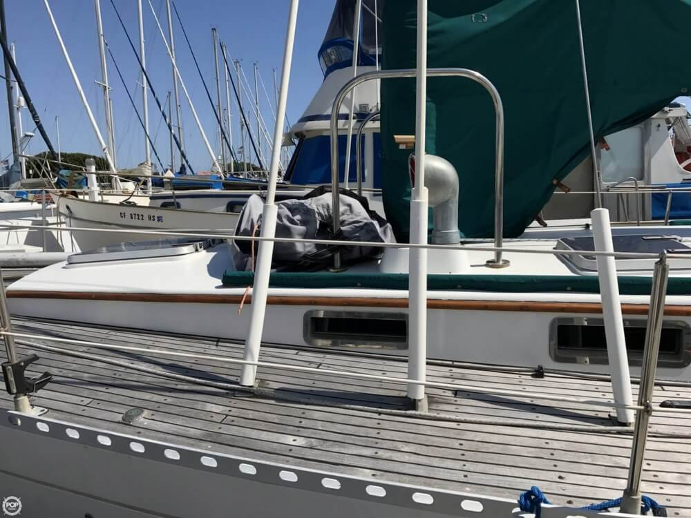 1984 Cheoy Lee boat for sale, model of the boat is 41 & Image # 39 of 40