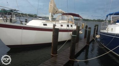 Endeavor 32, 32', for sale - $17,500
