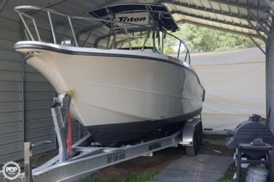 Triton 2895 CC, 29', for sale - $50,000
