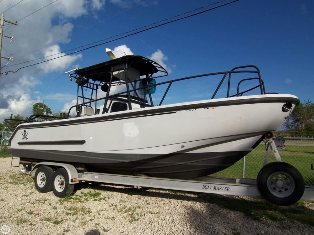2000 Boston Whaler boat for sale, model of the boat is 26 Outrage - Justice Edition & Image # 15 of 40