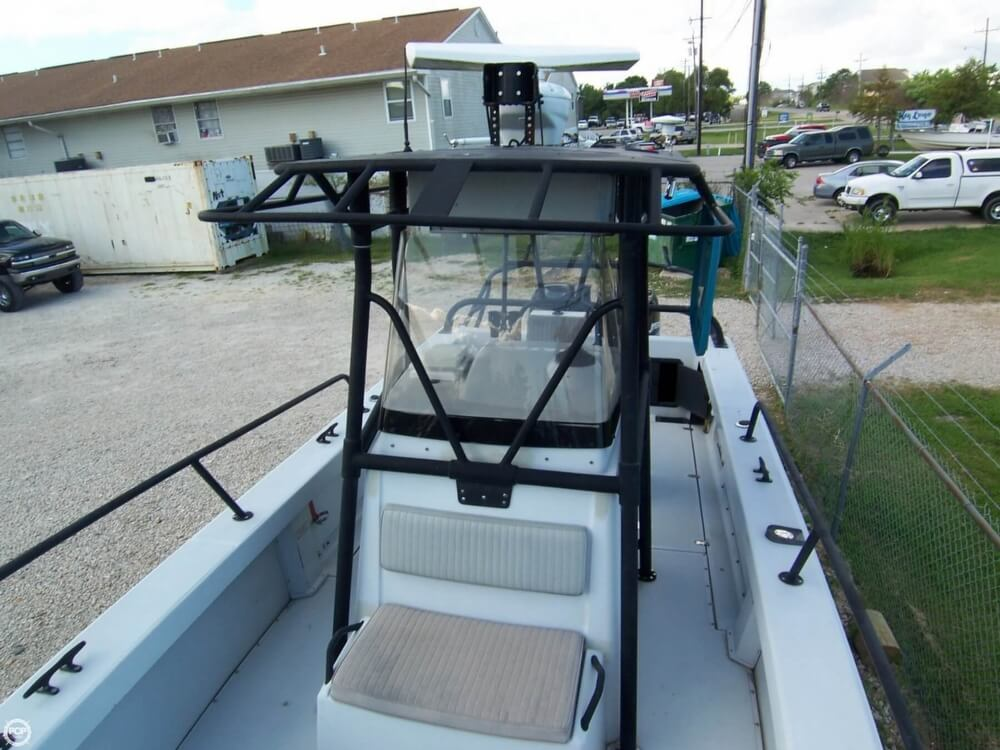 2000 Boston Whaler boat for sale, model of the boat is 26 Outrage - Justice Edition & Image # 8 of 40