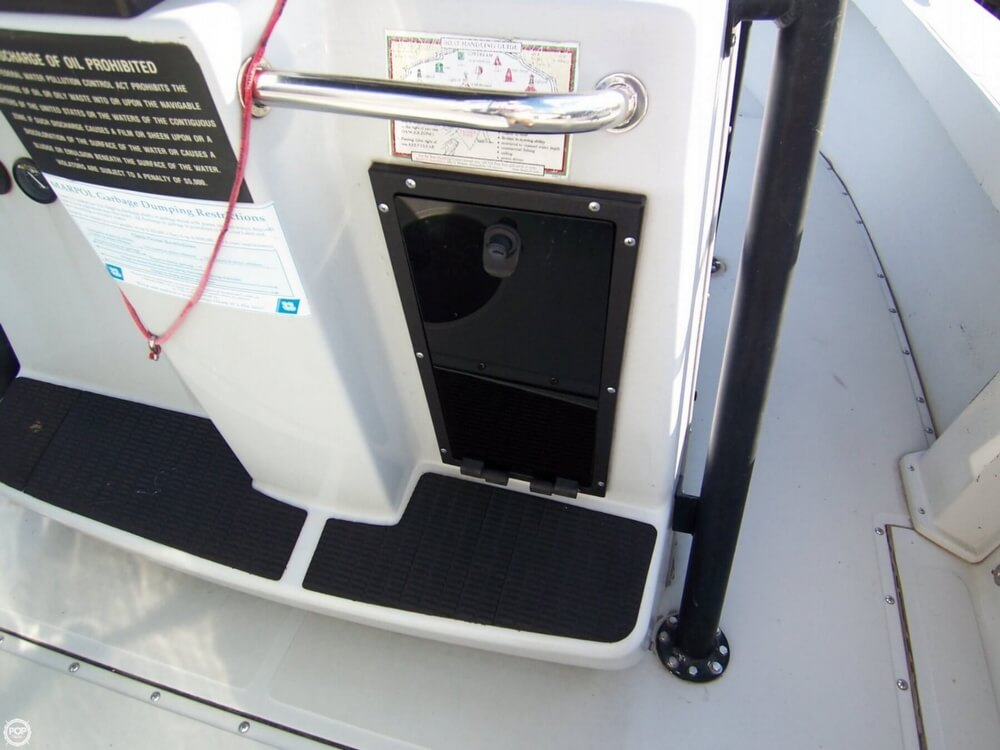 2000 Boston Whaler boat for sale, model of the boat is 26 Outrage - Justice Edition & Image # 36 of 40