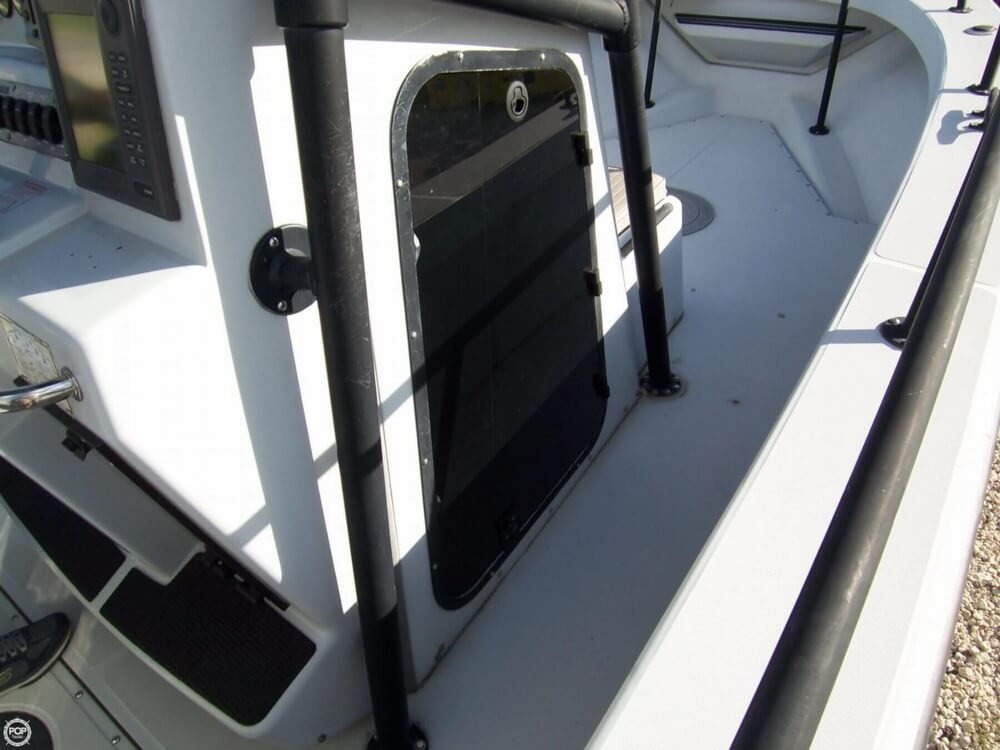2000 Boston Whaler boat for sale, model of the boat is 26 Outrage - Justice Edition & Image # 38 of 40