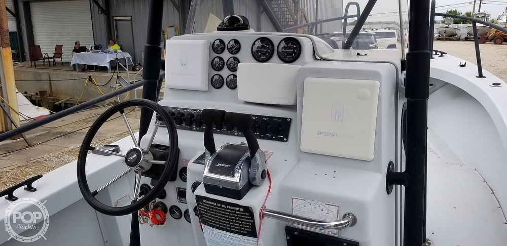 2000 Boston Whaler boat for sale, model of the boat is 26 Outrage - Justice Edition & Image # 11 of 40