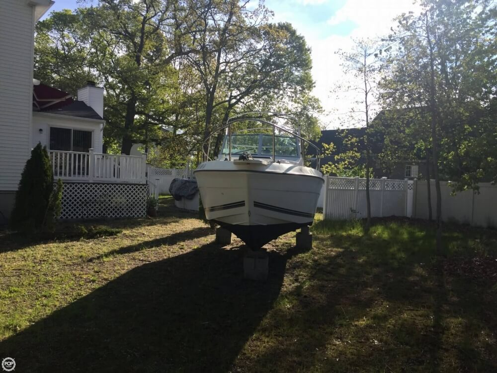 1998 Seaswirl boat for sale, model of the boat is Striper 2150 & Image # 2 of 41