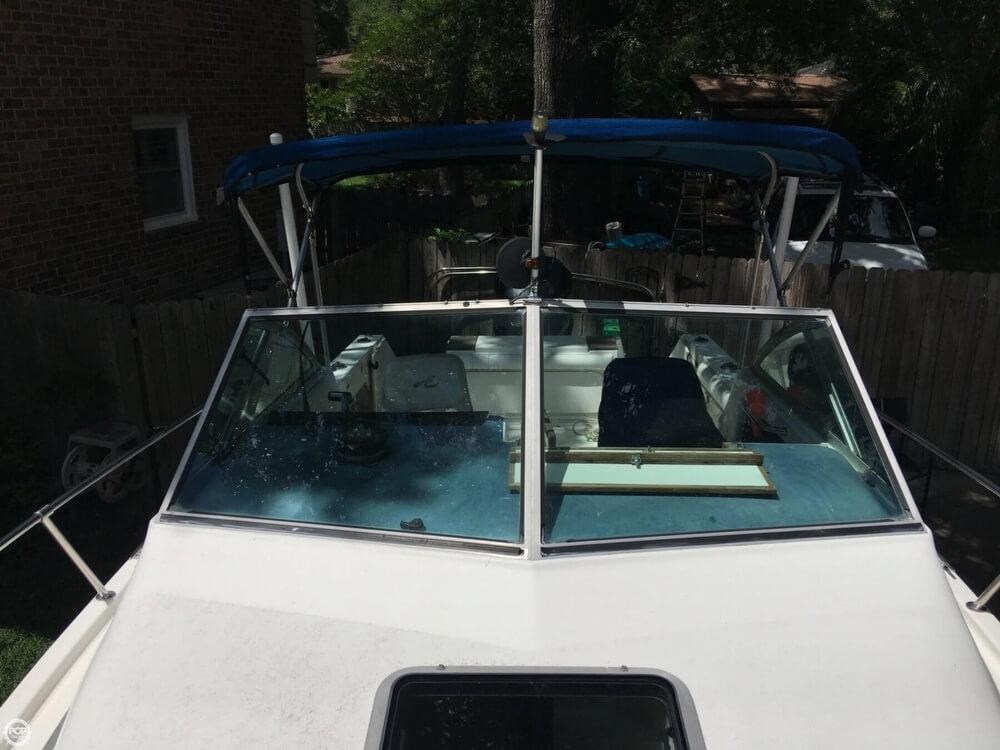 1990 Sea Ray boat for sale, model of the boat is Laguana 23 & Image # 26 of 41