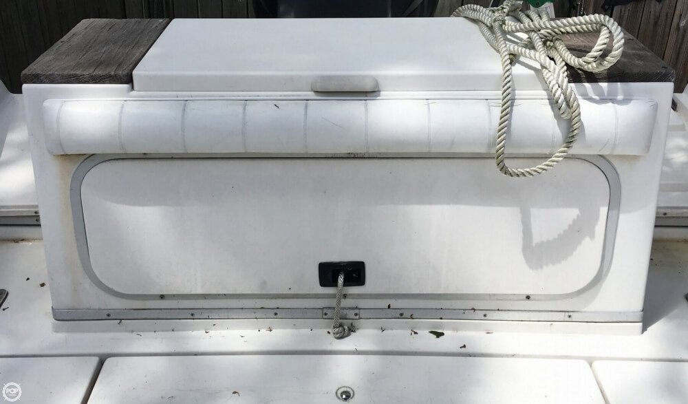1990 Sea Ray boat for sale, model of the boat is Laguana 23 & Image # 32 of 41
