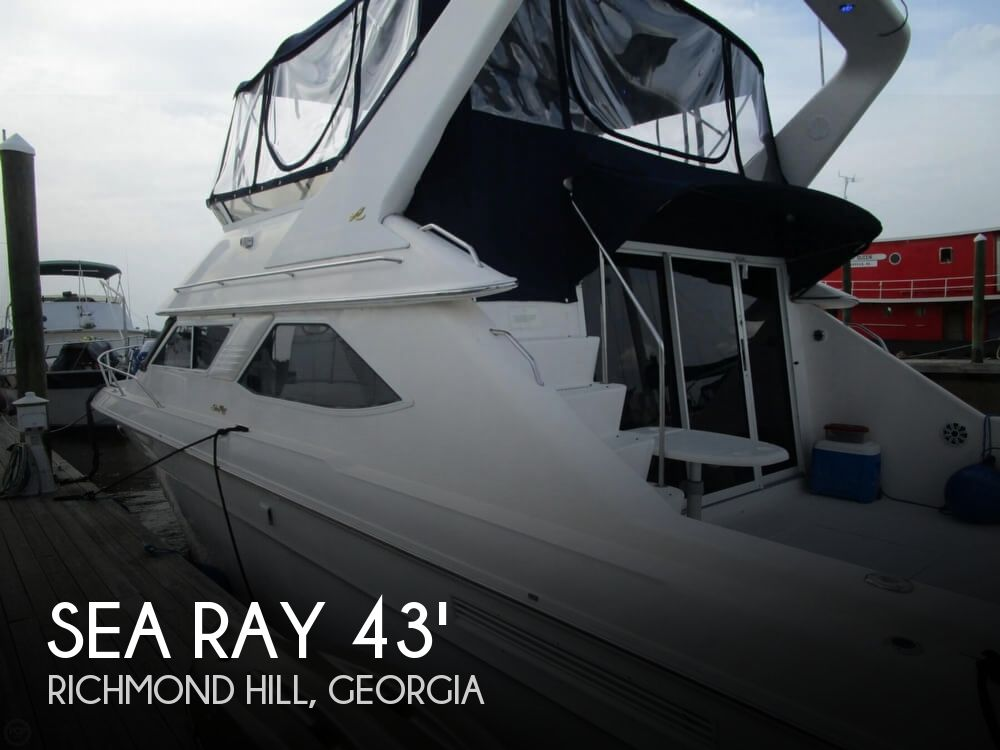 1996 Sea Ray boat for sale, model of the boat is 440 Express Bridge & Image # 1 of 40