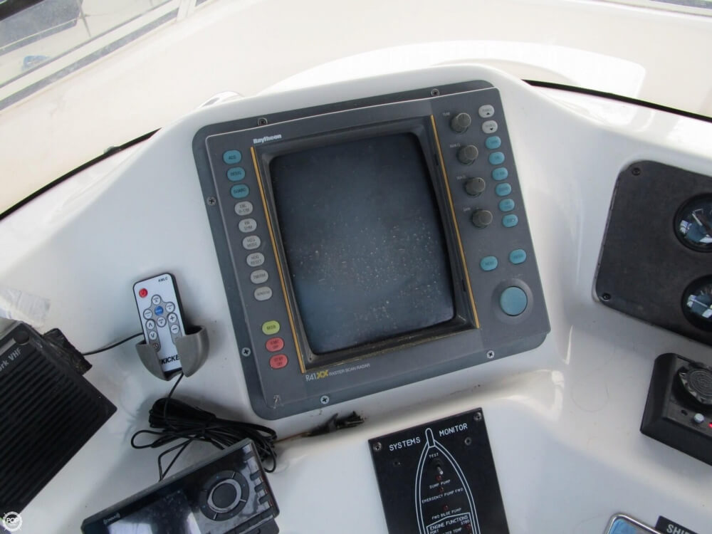 1996 Sea Ray 43 - image 19