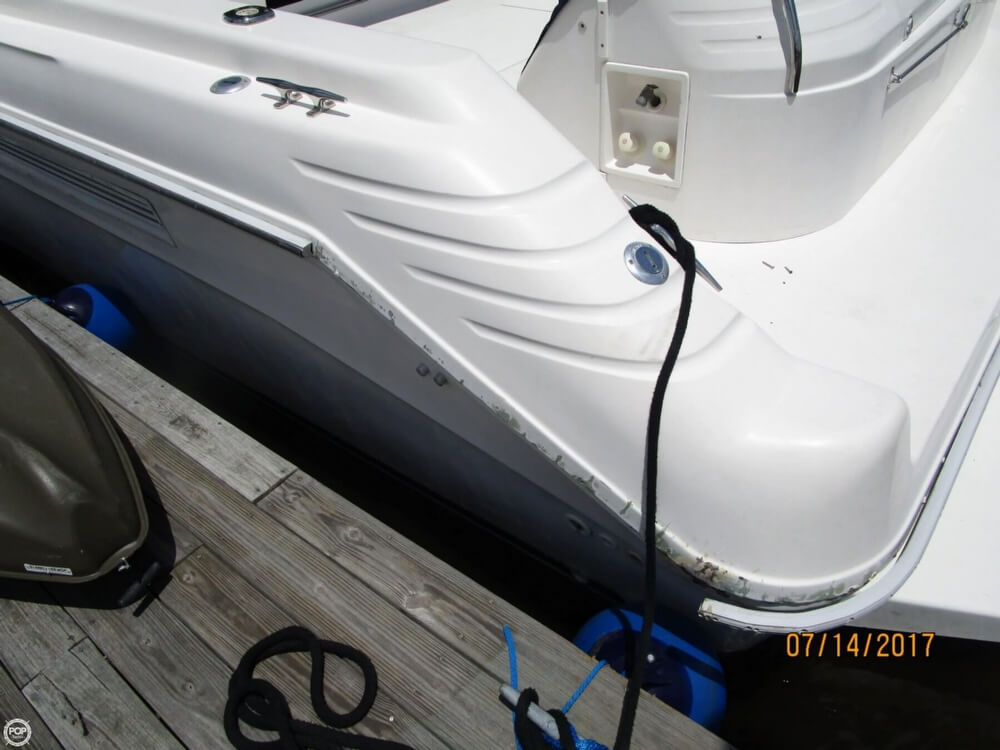 1996 Sea Ray boat for sale, model of the boat is 440 Express Bridge & Image # 39 of 40