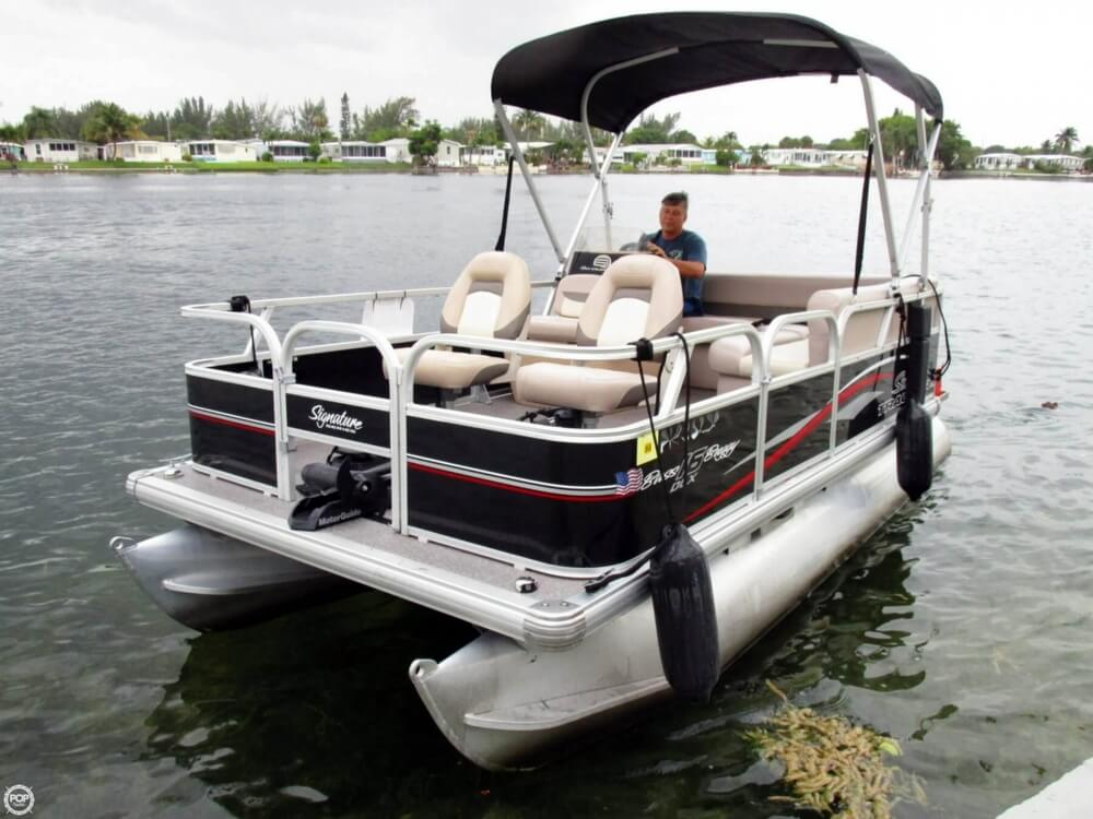 SOLD: Sun Tracker Bass Buggy 16 DLX boat in Dania Beach, FL | 129640