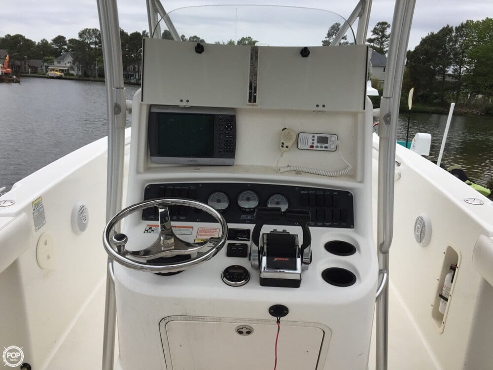 2006 Boston Whaler 27 - image 11
