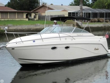Rinker 270 Fiesta Vee, 30', for sale - $26,500