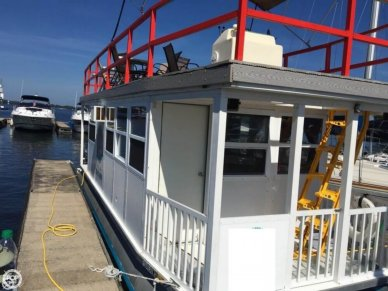 Custom 31FT 4-Pontoon Houseboat, 31', for sale - $39,900