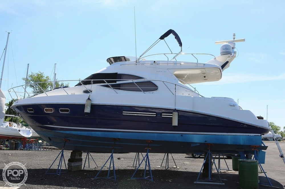 2002 Sealine boat for sale, model of the boat is F42/5 Flybridge & Image # 20 of 40