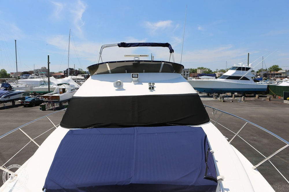 2002 Sealine boat for sale, model of the boat is F42/5 Flybridge & Image # 28 of 40