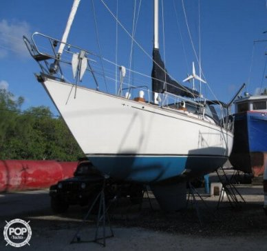 C & C Yachts 35, 35', for sale - $21,000