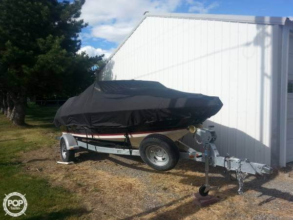 2014 Larson boat for sale, model of the boat is 205 LX & Image # 3 of 9