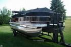 2014 Sun Tracker Fishin' Barge 22 DLX - #1