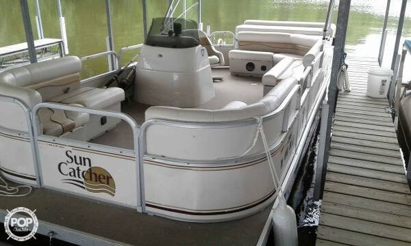 2008 SunCatcher boat for sale, model of the boat is 20 & Image # 2 of 7
