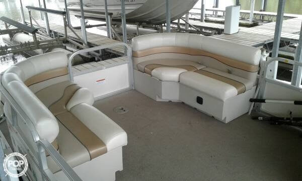 2008 SunCatcher boat for sale, model of the boat is 20 & Image # 5 of 7