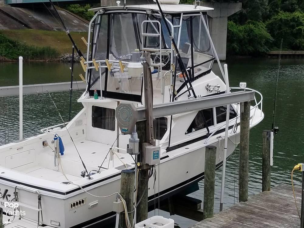 1991 BERTRAM 28 for sale