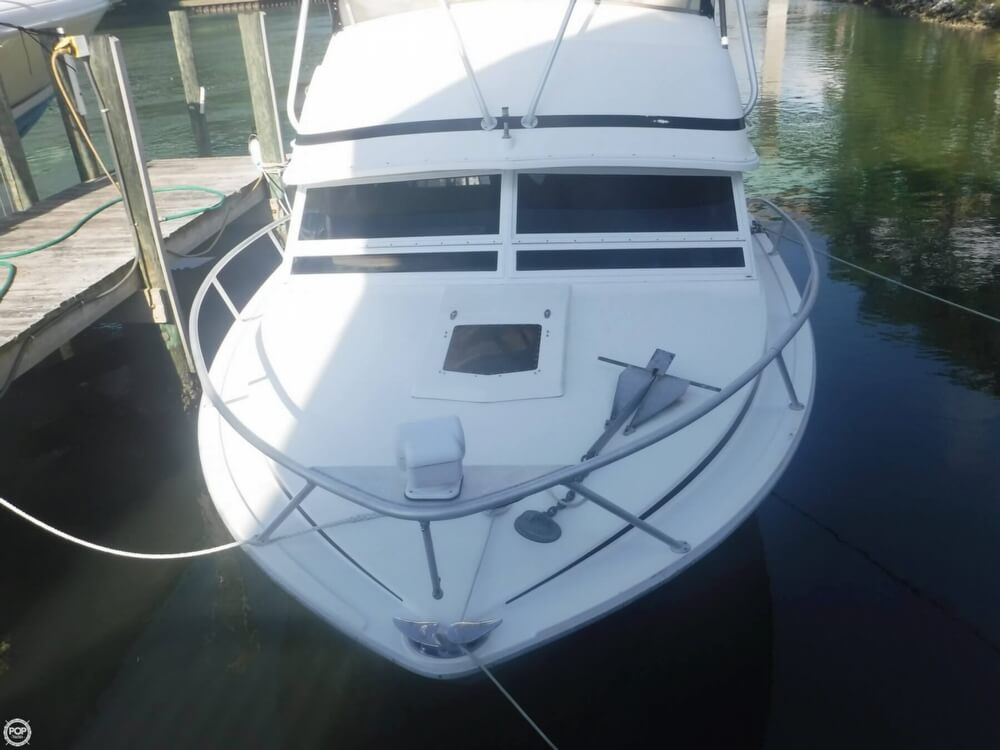 1991 Bertram boat for sale, model of the boat is FB Cruiser 28 & Image # 36 of 40