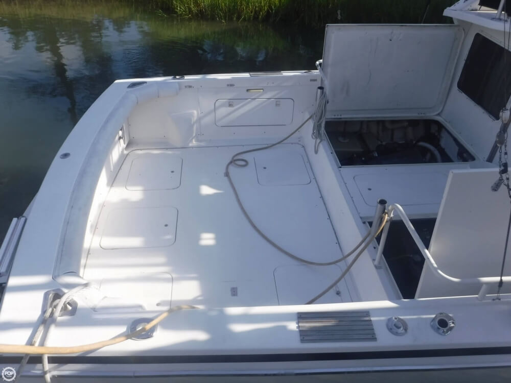 1991 Bertram boat for sale, model of the boat is FB Cruiser 28 & Image # 12 of 40